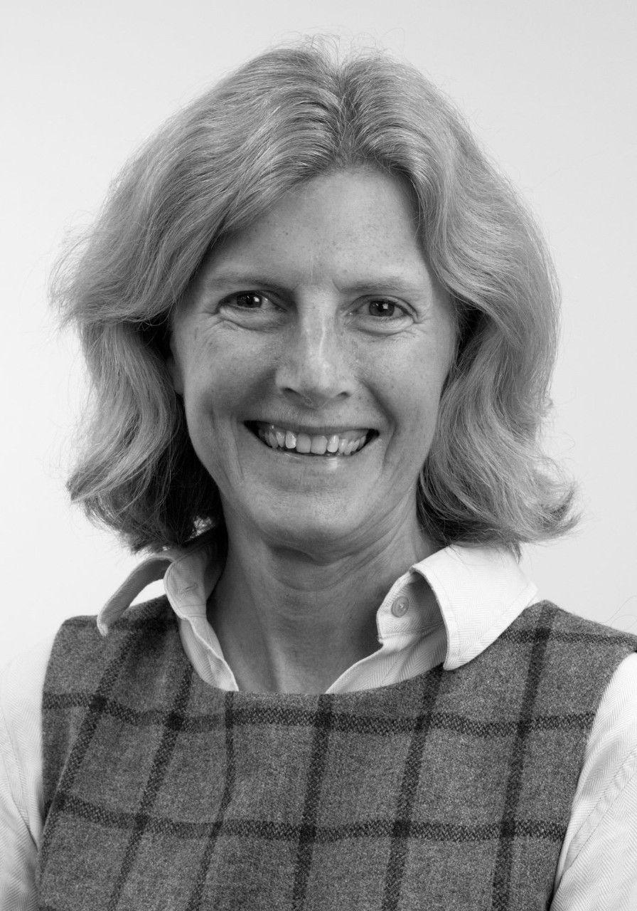 Dr Frances Fowle